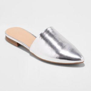 SILVER Junebug Leather Metallic Mules Slides NWT